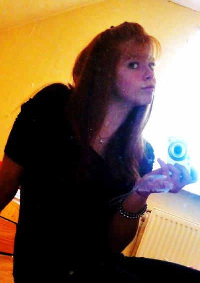 Manon Vangeet (: ♥
