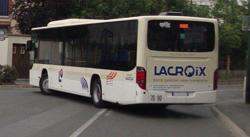 Les Cars Lacroix simplifient vos déplacements...