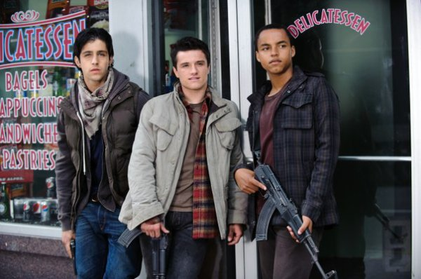"New still de ""Red Dawn""."