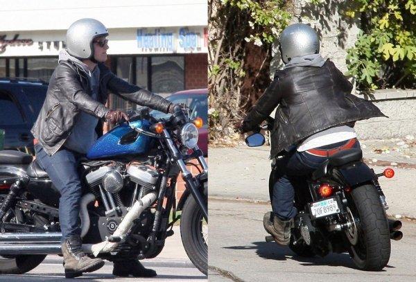 Josh dans les rues de Los Angeles (19-11-12).