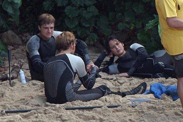 """Photos du tournage de """"Catching Fire"""" à Hawaï (27-11-12) partie 3."""