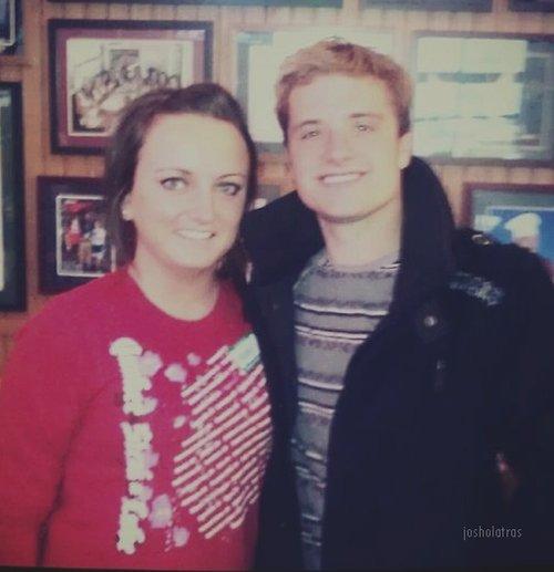 Nouvelle photo de Josh avec une fan dans l'Utah.