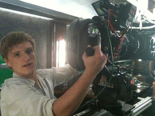 "New/old photo BTS de ""Hunger Games""."