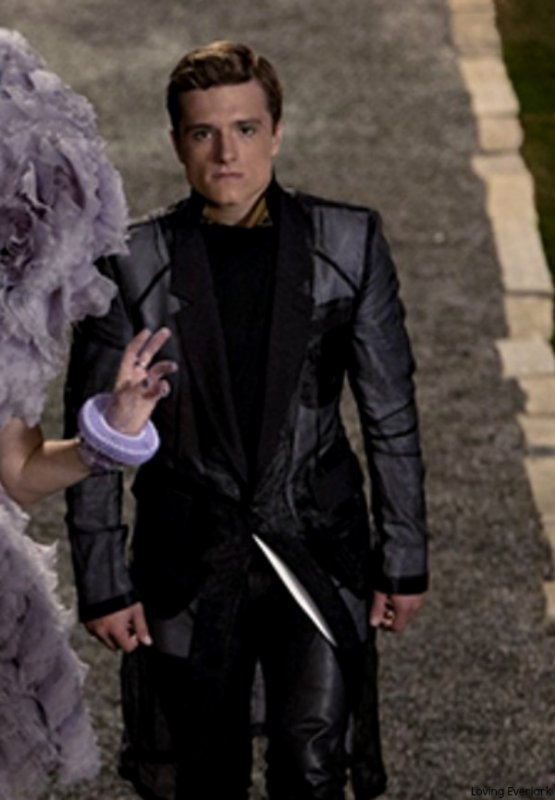 "Still de ""Catching Fire""."