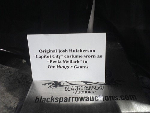 "Exposition des costumes de ""The Hunger Games""."