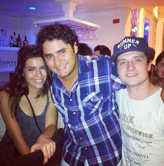 """Photos de Josh à la fête de fin de tournage de """"Paradise Lost"""" (08-06-2013)."""