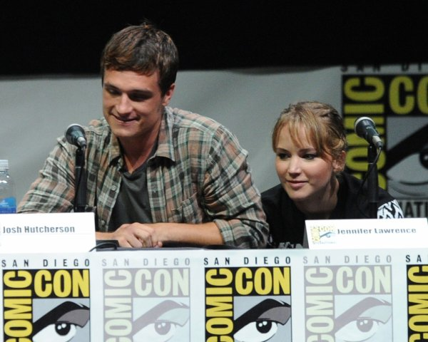 Photos de Josh lors du panel au Comic-Con de San Diego (20-07-2013). Partie 2.