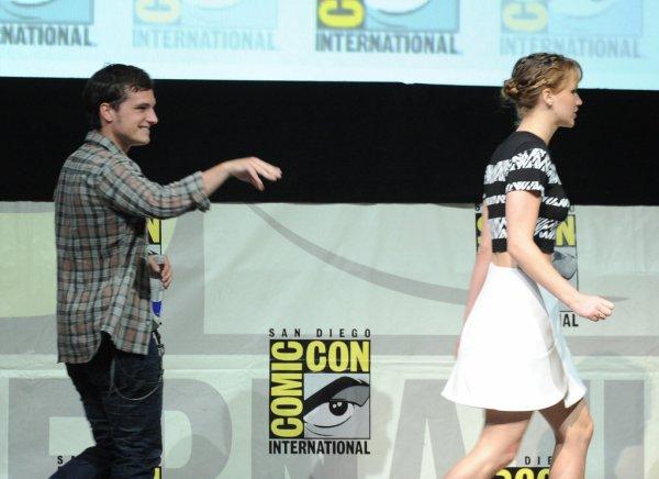 Photos de Josh lors du panel au Comic-Con de San Diego (20-07-2013). Partie 3.