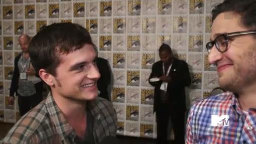 Interview de Josh au Comic-Con 2013 de San Diego (20-07-2013).