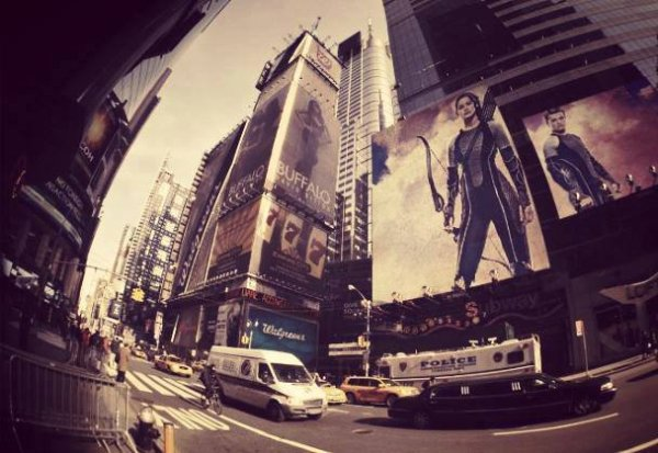 "Promo de ""Catching Fire"" à New-York."