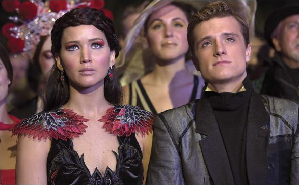 "Still de ""Catching Fire"" en HQ."