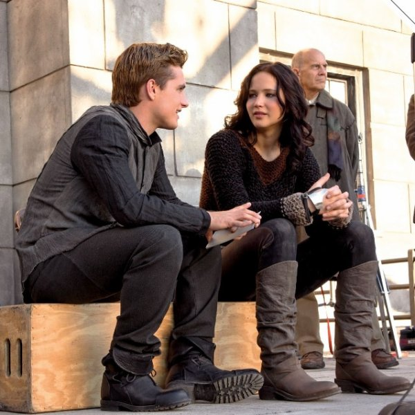 "Photos BTS de ""Catching Fire"" en HQ."