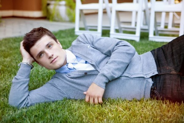 New/old outtakes de Josh pour un ancien photoshoot.