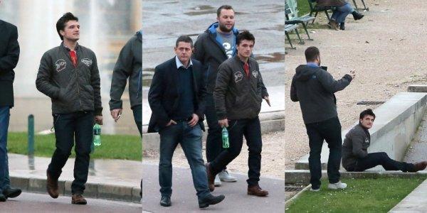 Josh visitant le Trocadero à Paris (15-11-2013). Partie 2.