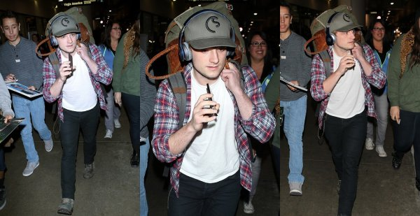 Josh à LAX Airport (Los Angeles 01-02-2014).