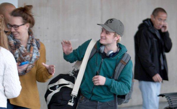 Josh arrivant au Hartsfield-Jackson Airport d'Atlanta (11-02-2014).