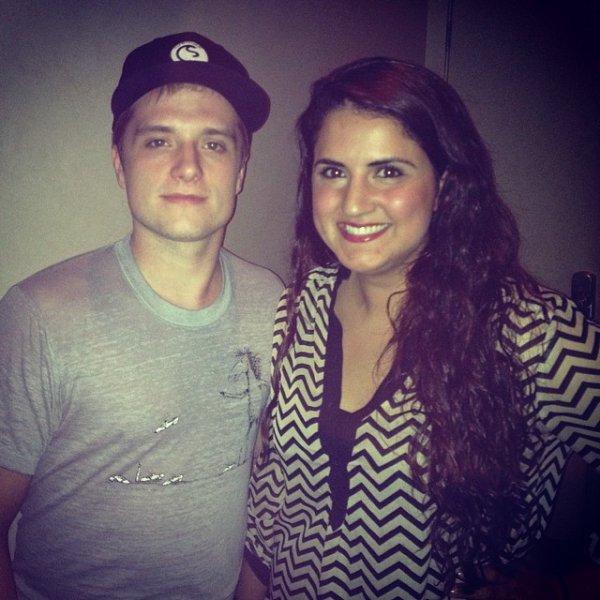 Nouvelle photo de Josh avec une fan.