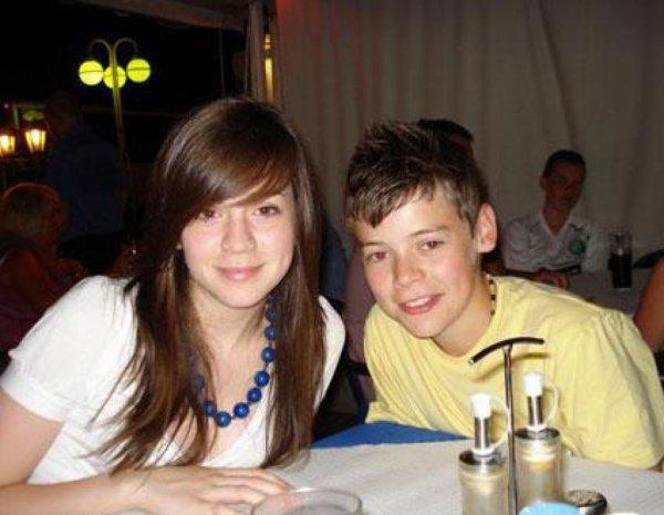 omg c'est Harry et Gemma