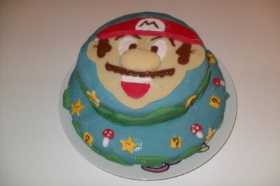 Voici les gâteaux pour l'anniversaire de mon fils