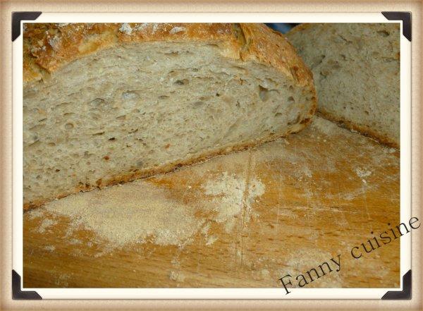 Pain cocotte à la farine de tournesol au thermomix