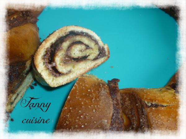 Tarte briochée aux pommes et brioche roulée au nutella