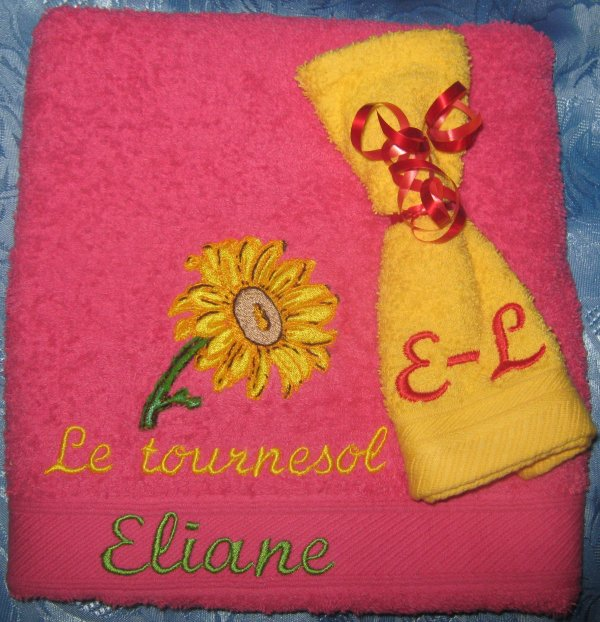 BRODERIES BRODEES POUR CORBEILLE BEAUTE