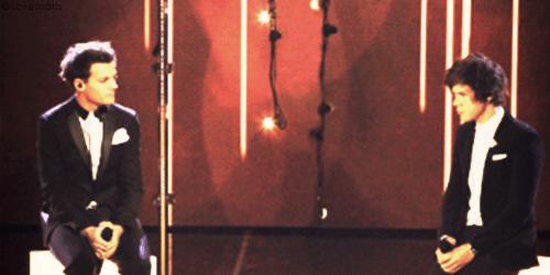 """Chapitre 3 - """"Je te déteste tellement."""" -Louis."""