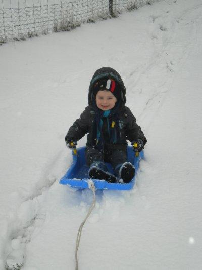 matheo dans la neige