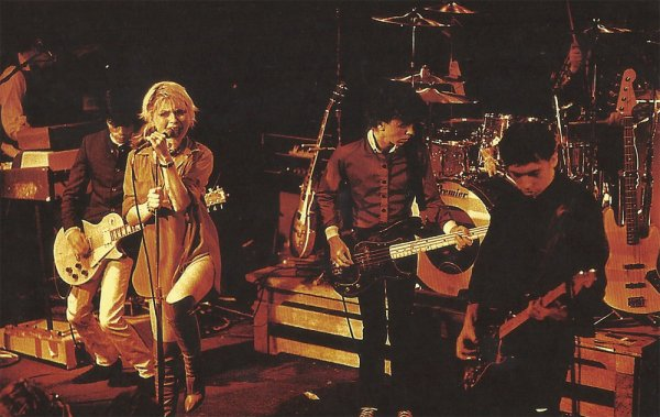 Debbie Harry, Blondie on Stage