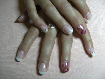 avant et apres ...toujours des ongles !!!