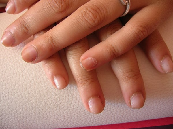 FRENCH MANUCURE GEL ONGLE COURT