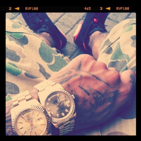 Une Penser Pour Chris Brown La ROlex Lool