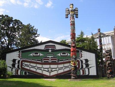 | combałs | peuple et localisation : native americans, british columbia, canada