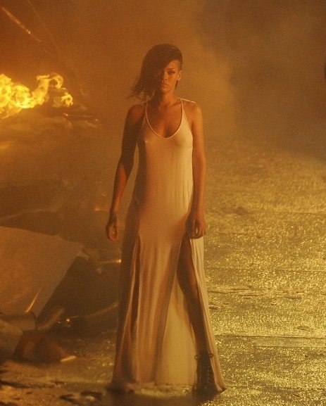 Rihanna - photo du clip Diamonds