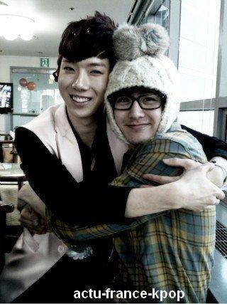 Jokwon et Nichkhun en duo pour Gain et Victoria / Nichkhun des 2PM et Jokwon des 2AM ont enregistré un duo en l'honneur de leur deux femmes, Victoria et Gain.  La compagnie JYP a révélé que depuis leur jours d'entrainements dans la compagnie, c'est à dire avant leur débuts de leur cariére, les deux chanteurs voulaient déjà enregistrer un duo. Ce souhait sera exaucé, et la chanson sera révélée lors de l'épisode We Got Married de Noel.
