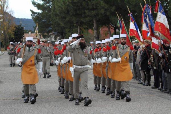 Legionnaires des barbues et valeureux soldats aux services de l'état...