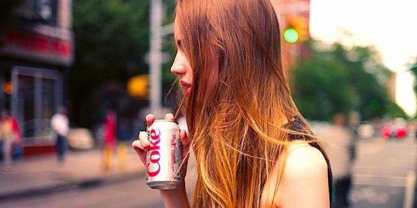 Même une seule canette de soda light par jour vous tue lentement...