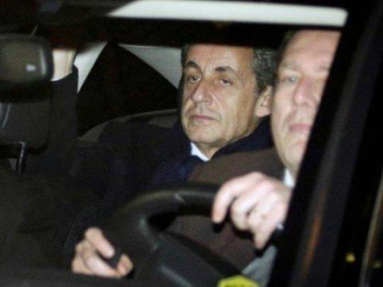 Sarkozy mis en examen pour financement illégal de sa présidentielle de 2012... Un escrot parmis tant d'autres...