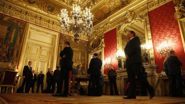 Pédophilie, espionnage, corruption : les sombres coulisses du Quai d'Orsay dévoilées...