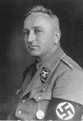 Robert Ley (chef du Front du travail)