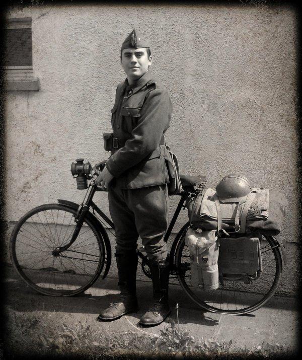 je représente un soldat belge du 26ème bataillon cycliste du génie belge en 1940