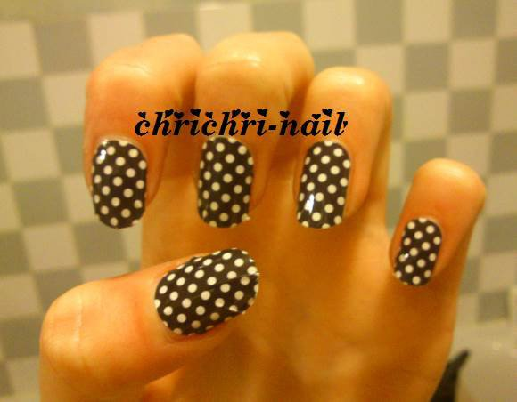 nails patch pois