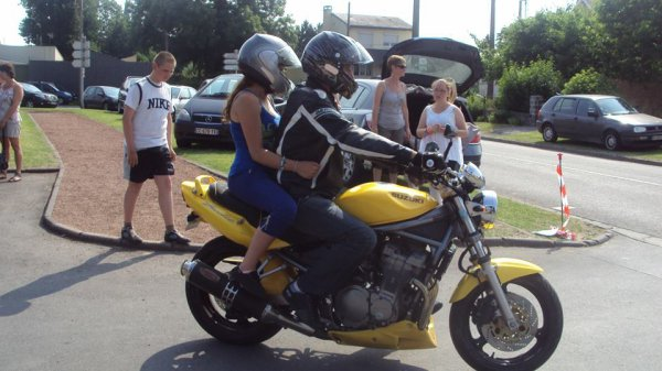 La moto plus qu'une passion :$$$ Comment jaime sa mon futur copain jveut qui est une bonne moto ;))