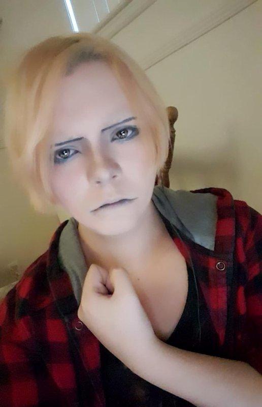 Levi Ackerman makeup cosplay ! ( Test )
