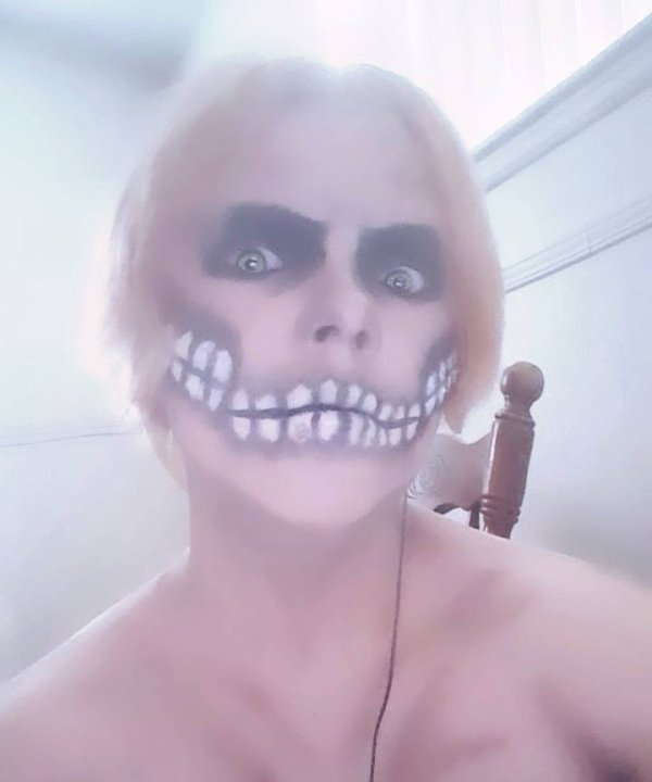 Eren Jaeger titan form Makeup cosplay test 2 !