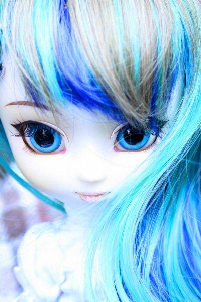 Angélique Blue Toxic