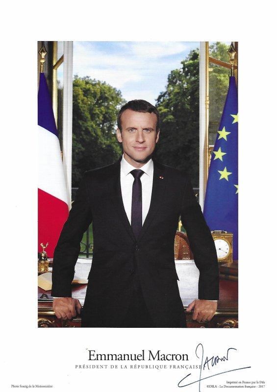 Emmanuel MACRON - Photo officielle avec signature imprimée