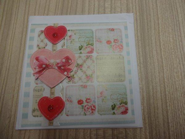 des cartes recues pour mon anniversaire qui viennent d'arriver.....
