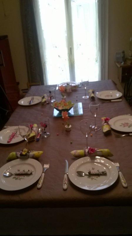 la table d'anniversaire pour ma  petite fille