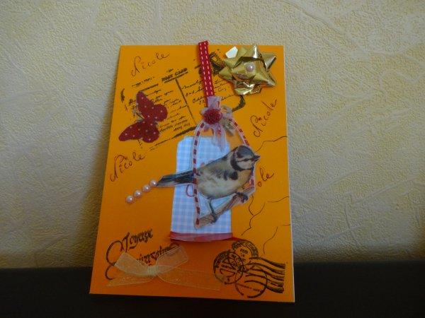 une petite carte envoyée à un personne que je connais  un oiseau qui se balance lol